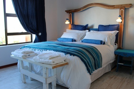 Hermanus: B&B Accommodation for Two at Mountain View Manor
