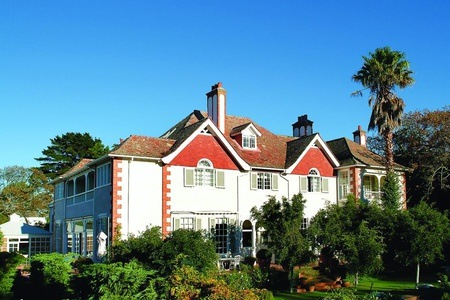 Cape Winelands: Stay for Two Including Breakfast at Highlands Country House