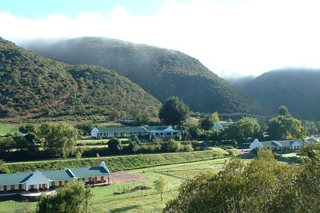 Outdshoorn: Stay For Two at Old Mill Lodge & A la Carte Restaurant