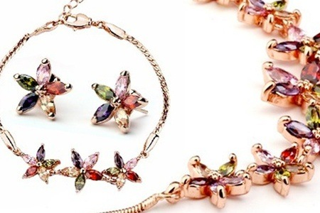 AAA Zircon Flower Jewellery Sets from R359.99 Including Delivery (Up to 54% Off)