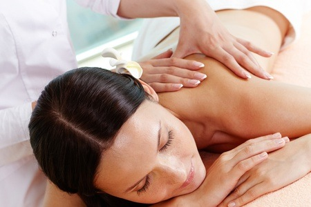 Pamper Package at Simply Aesthetic Beauty