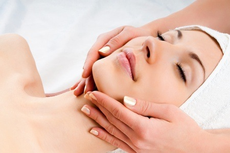 Deep Cleansing Facial and Full Body Massage at The Detox Studio