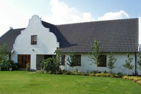 Pretoria: B&B Accommodation with Spa Packages at Lieben Charm Guest Farm