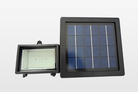Solar LED Lighting System from R549 Including Delivery (Up To 50% Off)