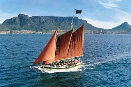 One and a Half Hour Bay Sail on the Spirit of Victoria from R180 with Waterfront Adventures (50% Off)