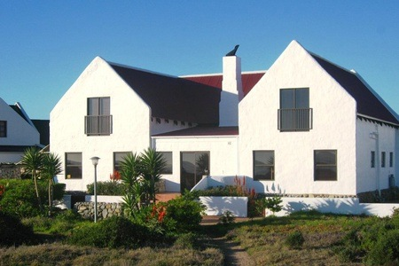 West Coast: Accommodation For Two At Baviana Beach Lodge
