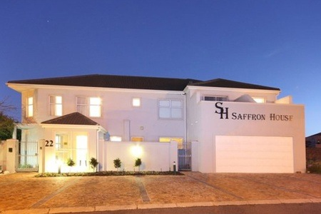 Cape Town: Accommodation for Two at Saffron House
