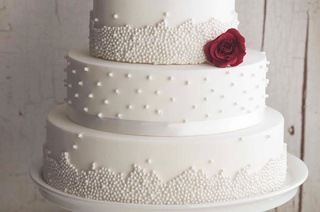 Wedding Cakes From R1 897 With Centrepiece Up To 53 Off