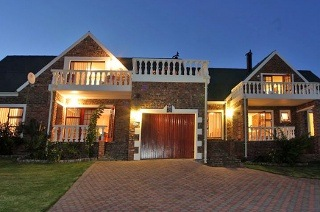 Mossel Bay: Two or Three-Night Weekend or Weekday Self-Catering Stay for Up to Four at Villa Chante