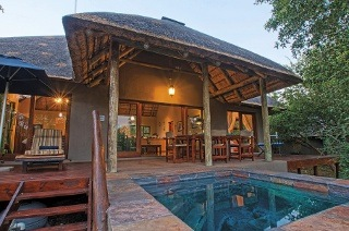 Limpopo: Two-Night Weekday or Weekend Stay for Up to Four, Including Activity Vouchers at the Raptor Retreat Game Lodge