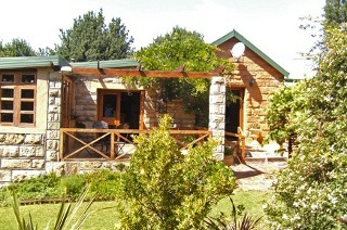 Fouriesburg: One, Two or Three-Night Weekend or Weekday Stay for Two at The Copperkettle Guesthouse