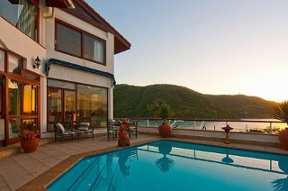 Knysna: Two-Night Weekend or Weekday Stay for Two, Including Breakfast at Augusta Bay