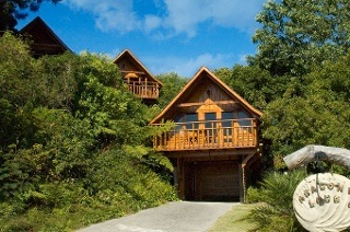 Knysna: Two or Three-Night Self-catering Weekend or Weekday Stay for Up to Six at Abalone Lodges