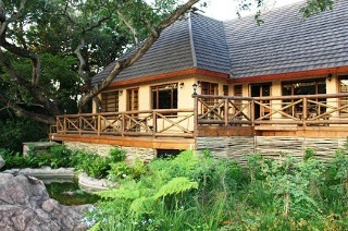 Mpumalanga: Two-Night Weekday Stay for Two, Including Breakfast and a Safari at Kruger Adventure Lodge
