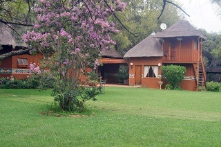 Magaliesburg: Two-Night Weekend or Weekday Stay for Two, Including Breakfast at Usiba Country Lodge