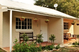 Mpumalanga: Two or Three-Night Weekend or Weekday Stay for Two at Under Elm Trees