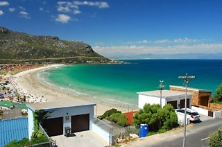 Fish Hoek: Three or Four-Night Self-Catering Stay for Two at Berg and Beach