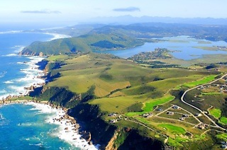 Garden Route: Seven-Night Garden Route Explorer Tour Per Person Sharing, Including Breakfast with Chameleon Africa