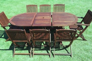 Oval Outdoor Eight-Seater Dining Set with Extendable Table for R7 299 Including Delivery (19% Off)
