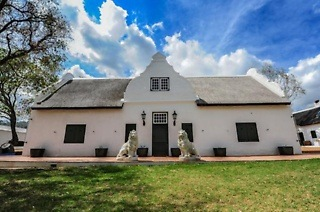 Paarl: One to Three-Night Weekend or Weekday Stay for Up to Two People at De Kleijne Bos Country House