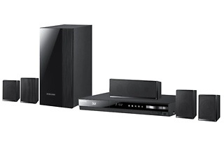 Samsung 500W 5.1-Channel Blu-ray Home Entertainment System H4500 for R2 299 Including Delivery (43% Off)
