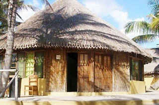 Mozambique: Three or Five-Night Self-Catering Stay for Up to Four People at Palm Grove Lodge