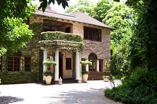 Johannesburg: One or Two-Night Stay For Two at Foxwood House