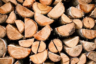 20kg Bags of Firewood from R25 at Wood Monkeys