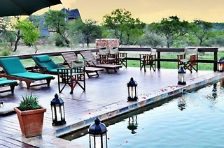Gauteng: One or Two-Night Stay for Two, Including Breakfast and a Game Drive at Mangwa Valley Game Lodge