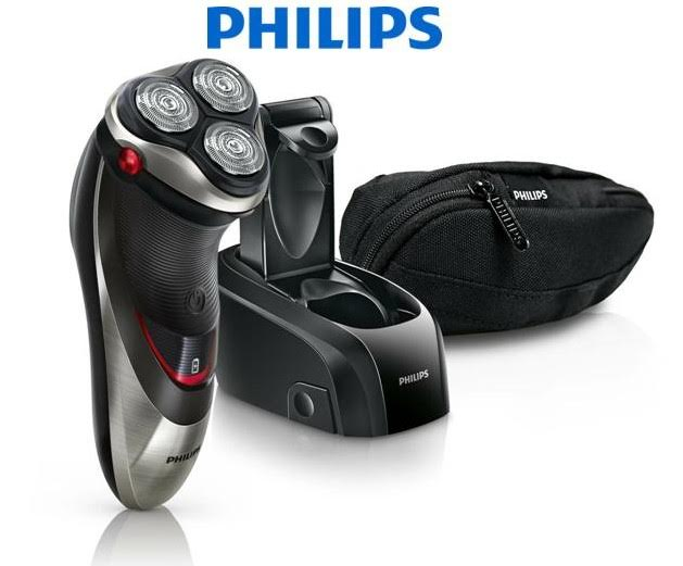 Philips PowerTouch dry electric shaver + Jet Clean system