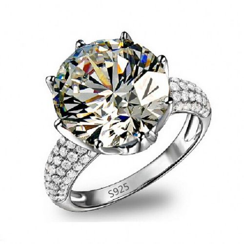 8ct Simulated Diamond Ring with Amazing Accents