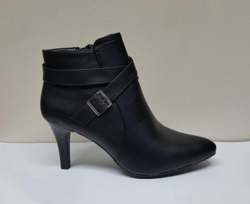 Honeymoon Winter Ankle Heels