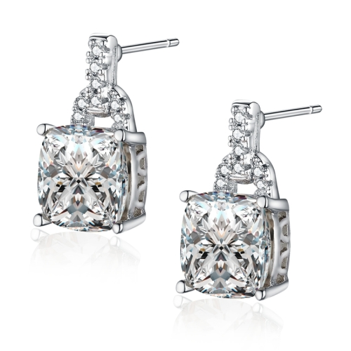 Attractive 2.75Ct Simulated Diamond Earring