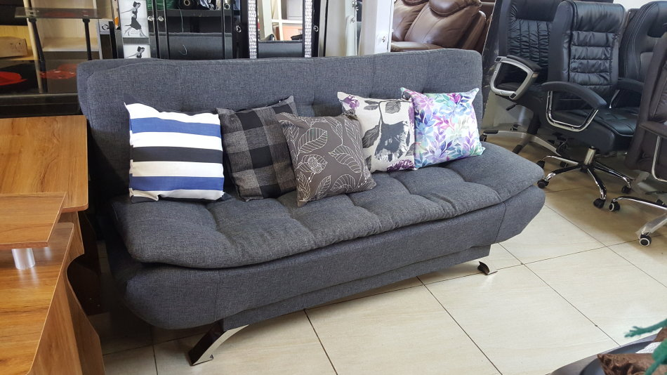 3 Seater Sleeper Couch/Sofa