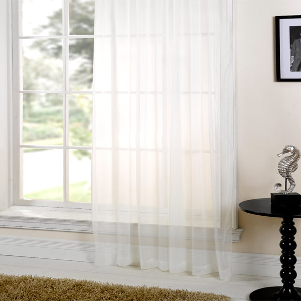 PLAIN SHEER VOILE CURTAIN ** 5m x 230cm ** READY TO HANG! AVAILABLE IN CREAM OR WHITE *** BARGAIN!