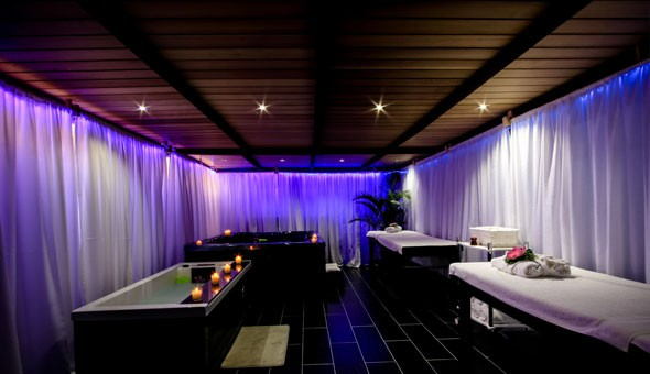 Spa Luxury: Spoil yourself at the lavish Tranquility Wellness Spa with a Choice of Full Body Massages or a Luxury Spa Package!