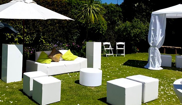 Dealzone 58 discount deal in cape town glam up your for Cocktail tables hire durban