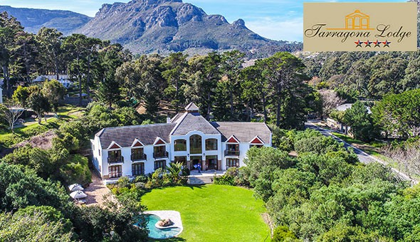 Escape to the 4-star Tarragona Lodge in Hout Bay for a Luxury Getaway for 2 People, including Breakfast!