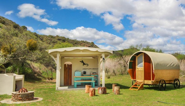 Montagu: Getaway for 2 People in a Luxury Pod or Country Cottage at Glen Eden Farm!