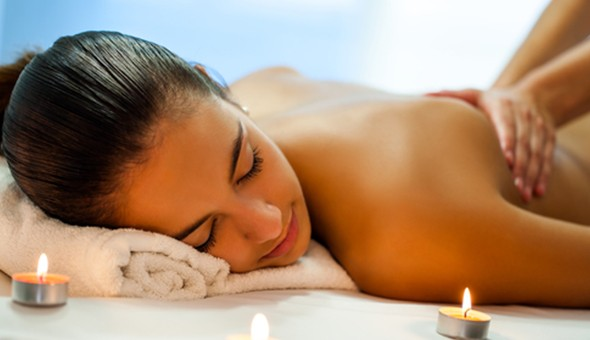 Plattekloof: A Full Body Thai, Swedish, Aromatherapy or Thai & Oil Mixed Method Massage at Oriental Spa & Thai Massage!