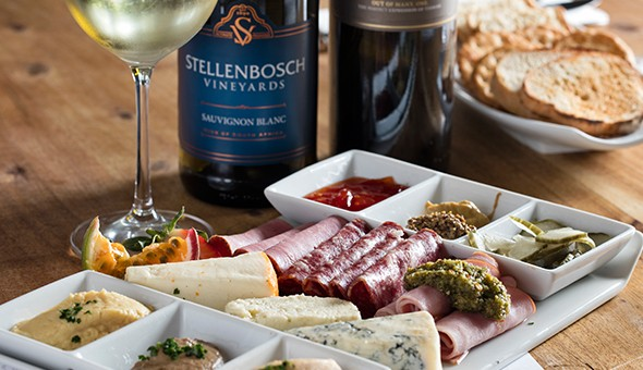 Stellenbosch Vineyards: An exclusive wine tasting experience, cured meat and cheese platter with preserves and a bottle of Welmoed for 2 people!