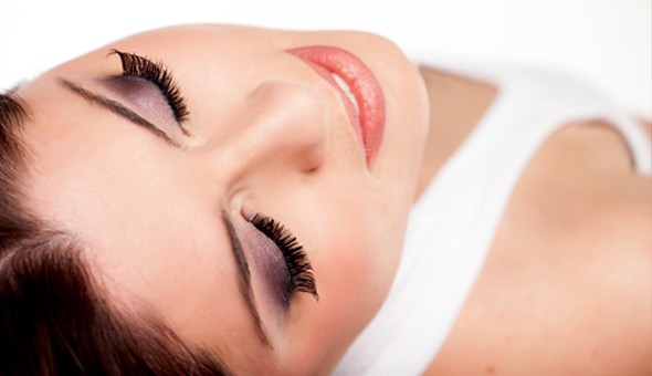The Latest Innovation in Beautiful Lashes: A Lash Lift for 1 Person at Beauty Talk!