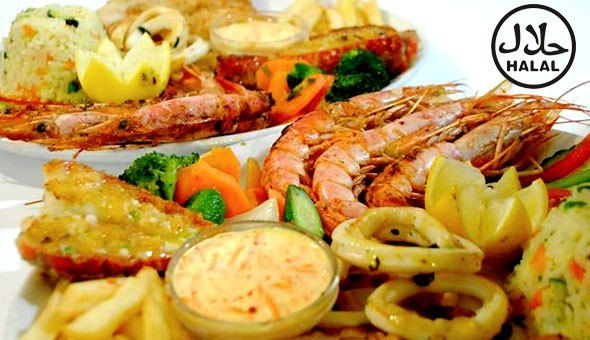 Mixed Grill or Seafood Platters and Caramel & Banana Pancakes at The Atlantic Express Train Restaurant, Sea Point!