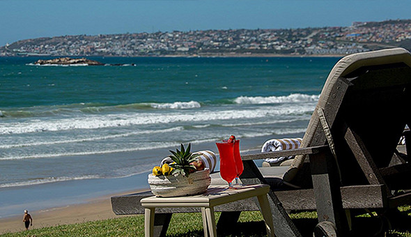 Bay Lodge: A 2 Night Stay for 2 People in a luxury Queen Room, including Breakfast at only R1399!