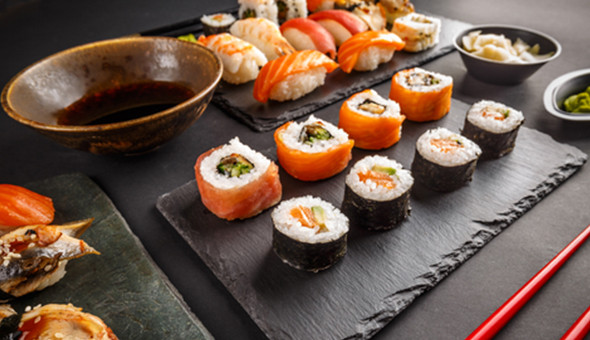 Thaiyashi, Newlands: A 24 Piece Gourmet Sushi Platter for 2 People at only R99!