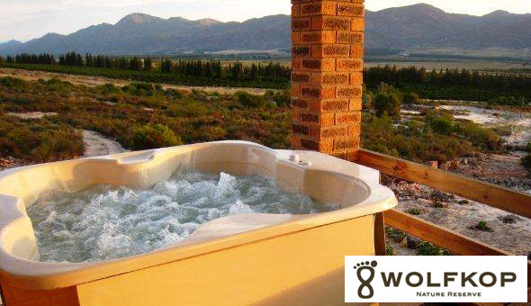 Citrusdal: Escape to Wolfkop Nature Reserve for a Getaway in a Self-Catering Cottage with a Jacuzzi!