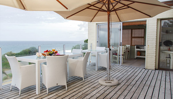 Escape to Whale's Way Ocean Retreat in Wilderness for a 1 Night Stay for 2 People at only R599!