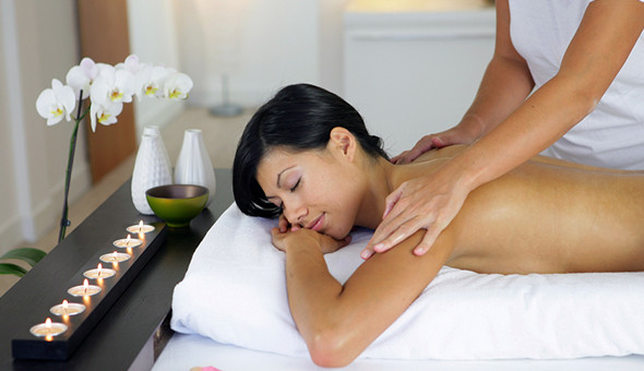 Thai, Swedish or Aromatherapy Full Body Massage at Asian Blend Spa, Tygervalley!