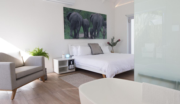 Franschhoek: A 2 Night Stay for 2 People in a Deluxe Room, including Breakfast at theLAB!
