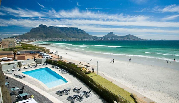 A 2 Night Stay for 2 People, including Breakfast Buffet and a R400 Dining Voucher at The 4-Star Lagoon Beach Hotel & Spa!